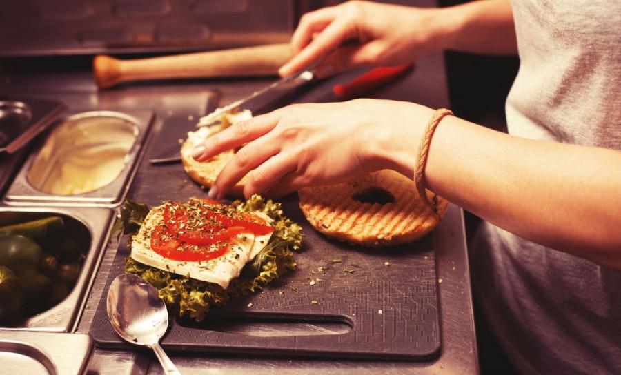 Tomaten-Käse Bagel deluxe