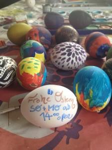Weil der Osterhase sooo bizzi ist, machen wir Sonntag & Montag rst ab 14.00 Uhr auf. Feiert schön!